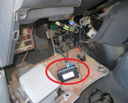 شنود داخل کابین خودرو